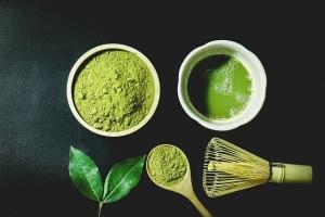 Matcha-Pulver ➡️ Vorteile des Trendgetränk ✅