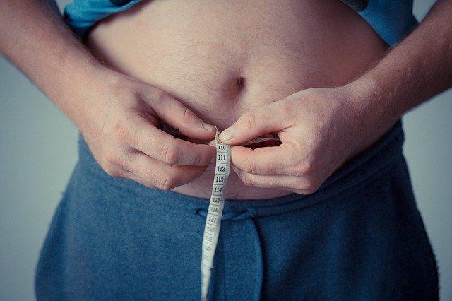 Bauchfett & Ihre Gesundheit: Warum das Viszeralfett so gefährlich ist & Wie Sie es reduzieren können